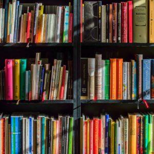 Libros de texto, material y servicios.